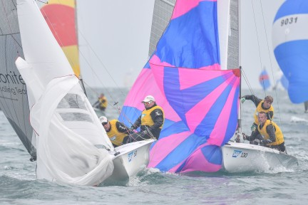 Day 3 2 Close racing in Race 4