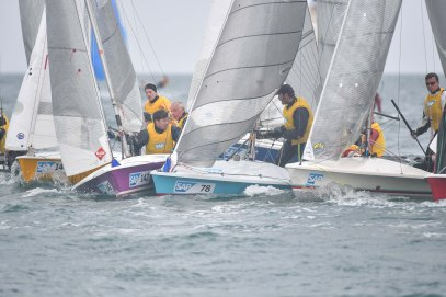 Day 3 3 Some tight rounding action from Race 5